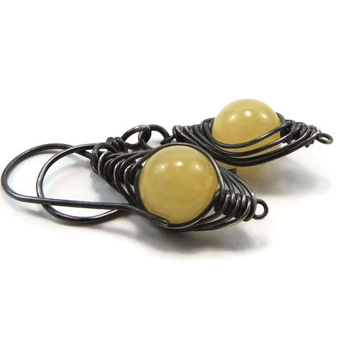 Natural,Yellow,Jade,and,Antiqued,Sterling,Silver,Artisan,Earrings,yellow jade, sterling silver, herringbone weave, jewely, earrings, handmade, artisan. handcrafted, antiqued, night sky jewelry, nightskyjewelry, sharon burgess